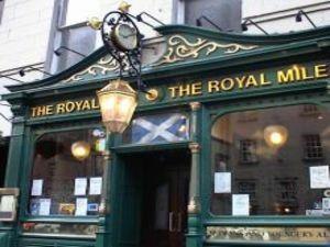 Mejores pubs y discotecas de Edimburgo